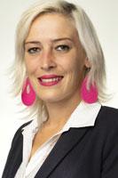 Anja Kohn, Praktikantin